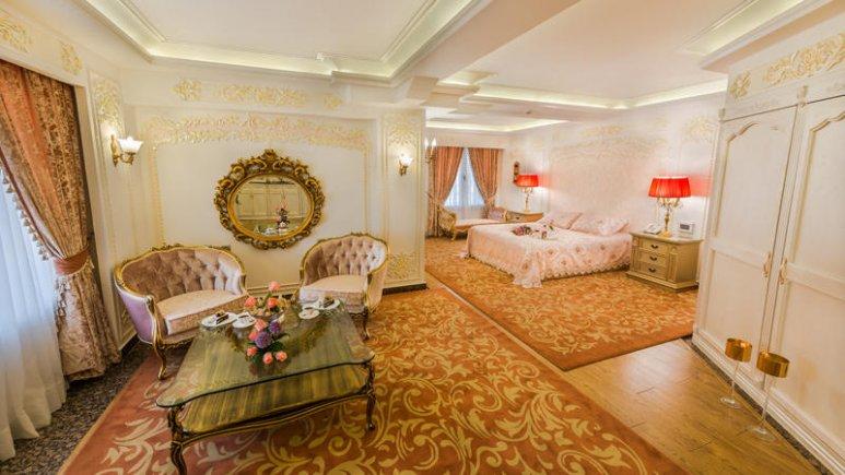 هتل قصر طلایی مشهد سوئیت دو تخته پرنسس رویال 2