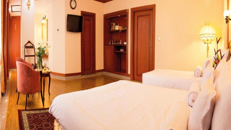 هتل قصر طلایی مشهد آپارتمان یک خوابه چهار تخته رویال 3