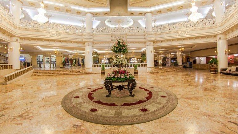 هتل قصر طلایی مشهد لابی