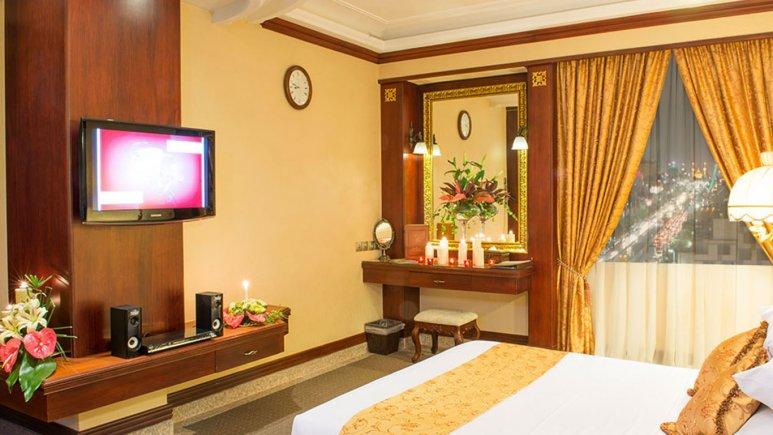 اتاق دو تخته پانوراما هتل قصر طلایی