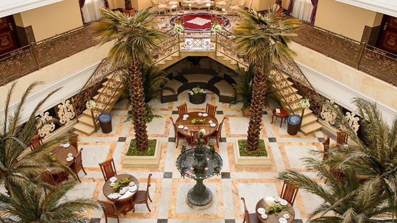 هتل قصر طلایی مشهد کافی شاپ آتریوم مینوتا 1