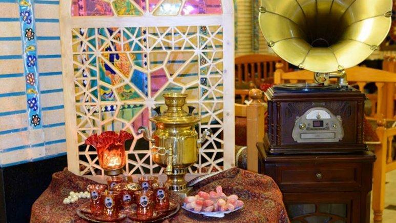 هتل قصر طلایی مشهد رستوران سنتی ترمه 1