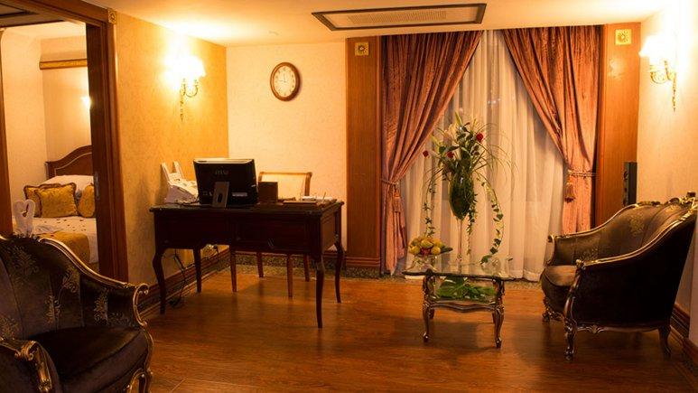 سوییت چهار تخته هتل قصر طلایی