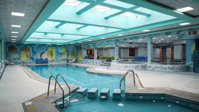 هتل عباسی اصفهان استخر 1