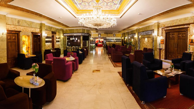 هتل پارسیان عالی قاپو اصفهان لابی 1