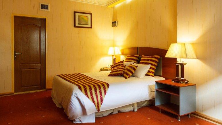 هتل پارسیان عالی قاپو اصفهان اتاق دو تخته دابل 1