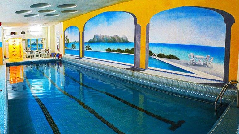 هتل پارسیان عالی قاپو اصفهان استخر