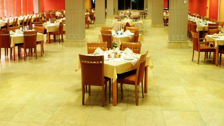 رستوران هتل پیروزی