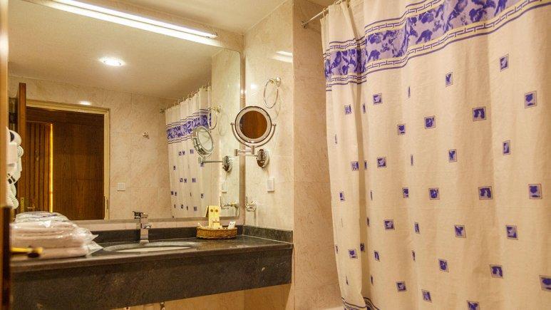 هتل شایان کیش سرویس بهداشتی 1