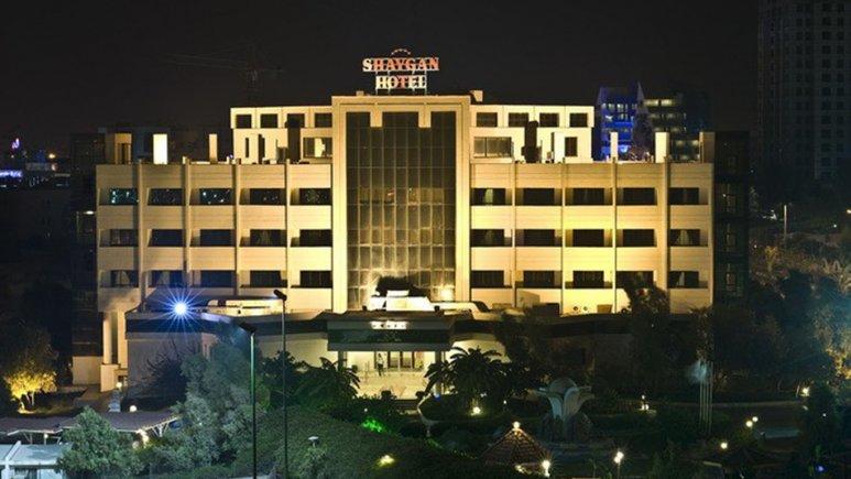 هتل شایگان در شب