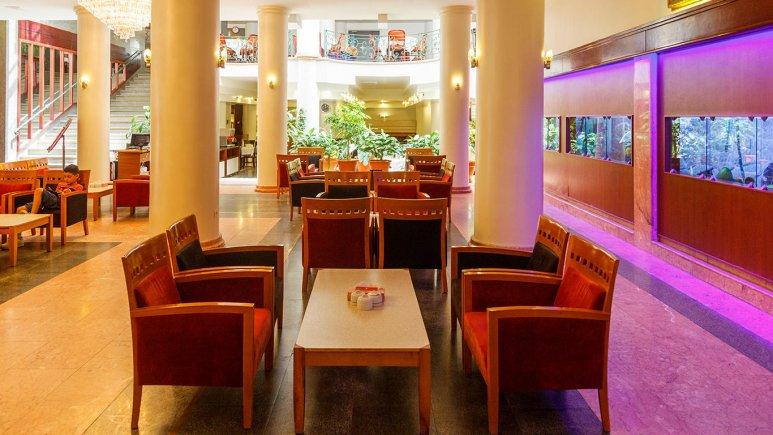 هتل ایران مشهد کافی شاپ 2
