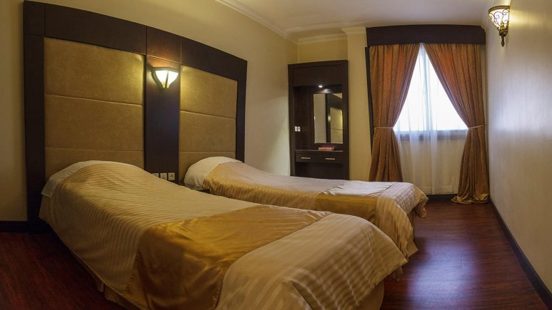 هتل ایران مشهد اتاق دو تخته تویین 1