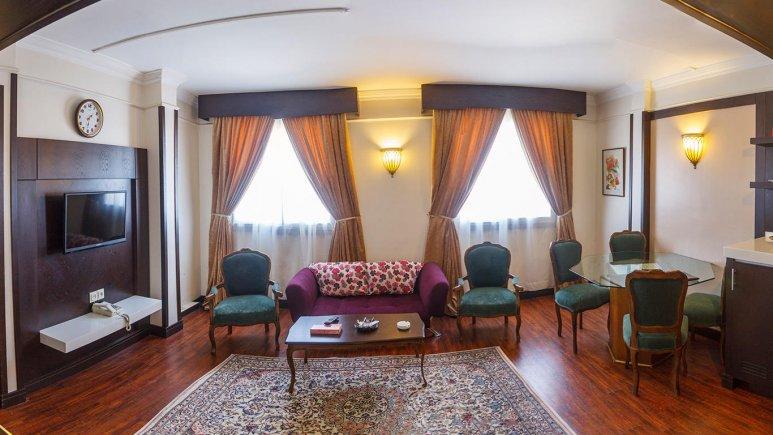 هتل ایران مشهد آپارتمان دو خوابه چهار تخته 1