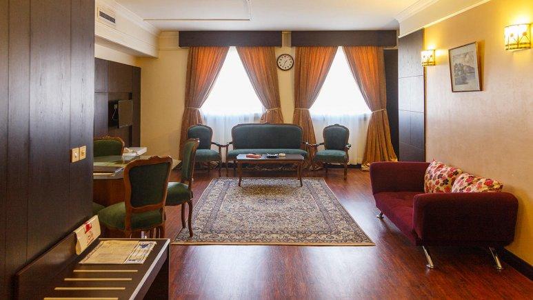هتل ایران مشهد آپارتمان دو خوابه چهار تخته 2
