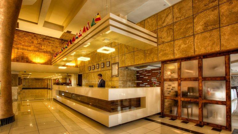 هتل معین فومن لابی