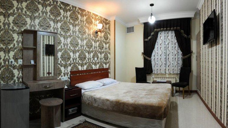 رزرو هتل ارزان قیمت در تهران / هتل دو ستاره ی مینا