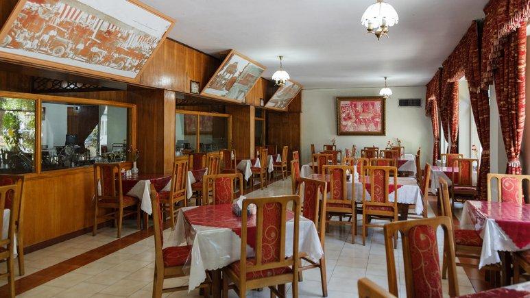 هتل پارک شیراز رستوران 2