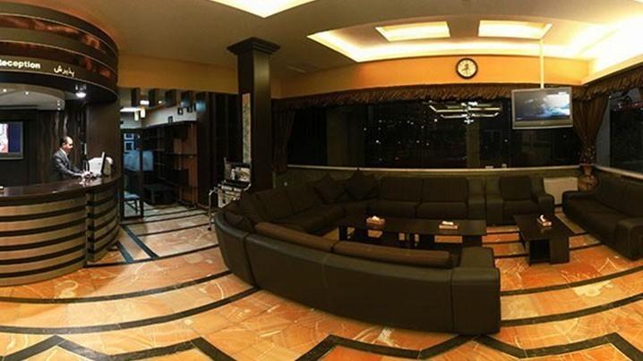 لابی هتل آزادی همدان