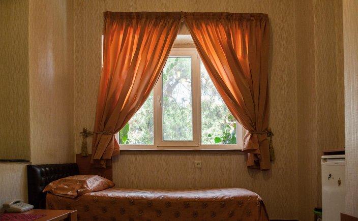 هتل فردیس تهران اتاق یک تخته