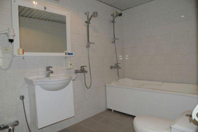 هتل ساحلی ارومیه سرویس بهداشتی