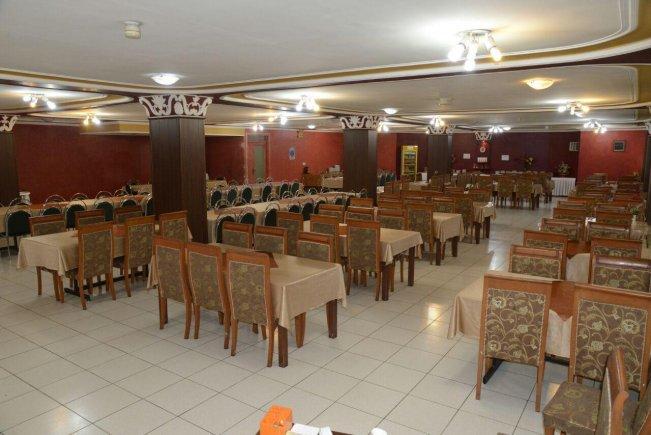 هتل ساحلی ارومیه رستوران
