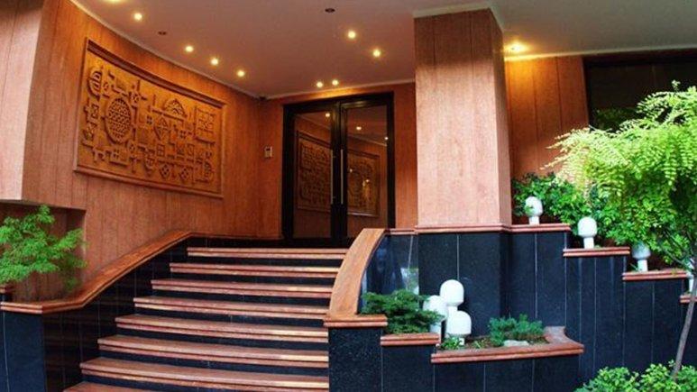 نمای بیرونی هتل سپهر