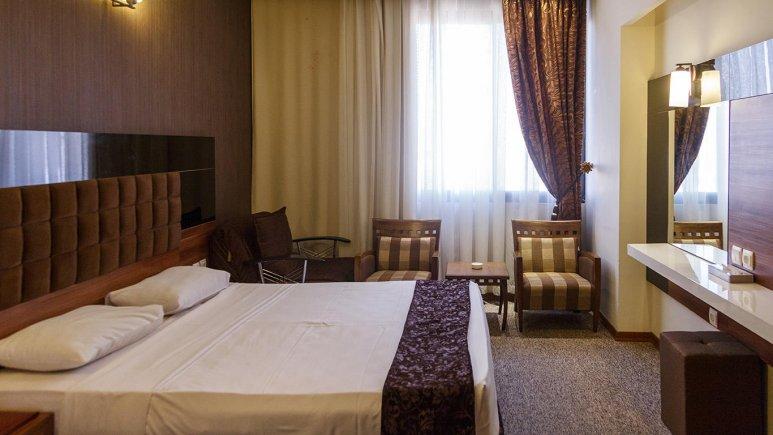 هتل سی نور مشهد اتاق دو تخته دابل 2