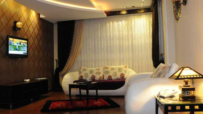 سوییت هتل کادوس