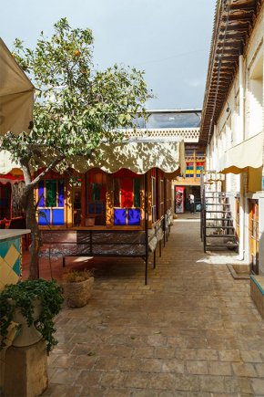 8592 هتل سنتی نیایش شیراز