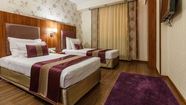 هتل پارسیان شیراز اتاق دو تخته تویین 1