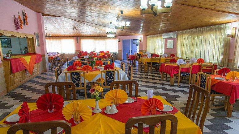 رستوران هتل جهانگردی خزرشهر
