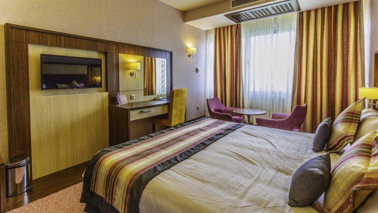 هتل پارسیان آزادی رامسر اتاق دو تخته دابل 1