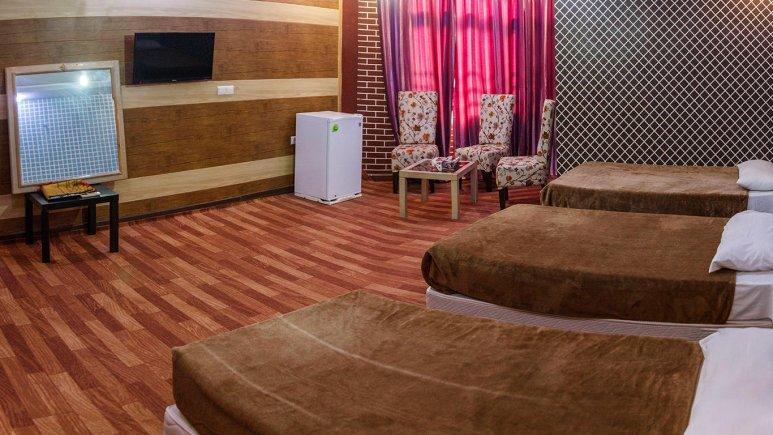 هتل نخل زرین قشم اتاق سه تخته 2