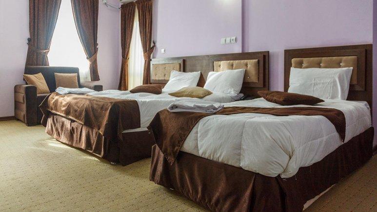 هتل کیمیا 4 قشم اتاق سه تخته