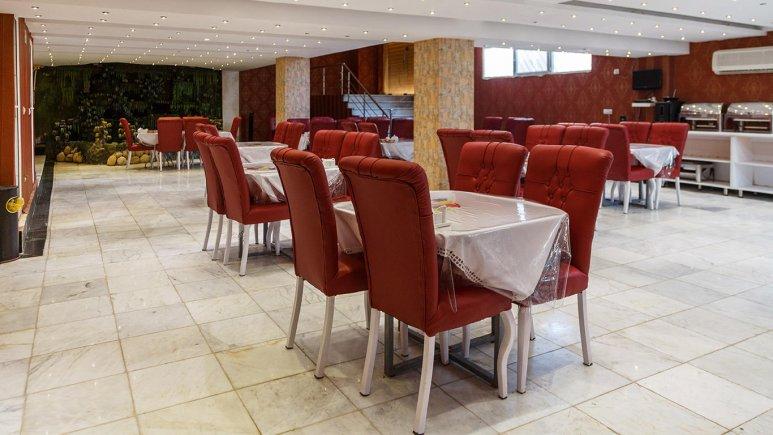 هتل مارینا 2 قشم رستوران