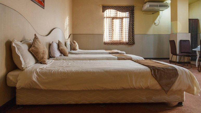 هتل مارینا 2 قشم اتاق چهار تخته 2