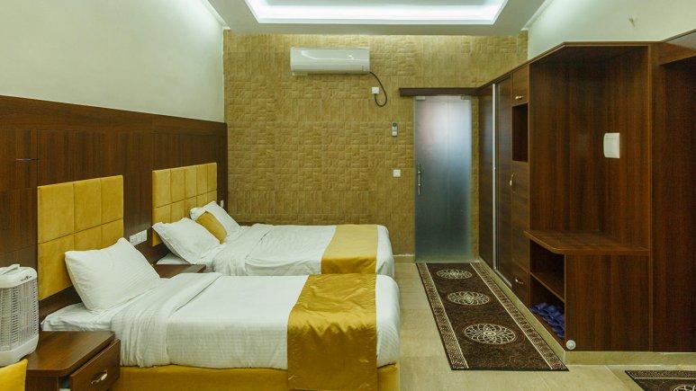 هتل ساحل طلایی قشم اتاق سه تخته 2