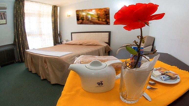 اتاق دو تخته دبل هتل جهانگردی خوی