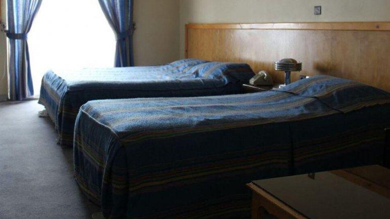 اتاق سه تخته هتل نارنج