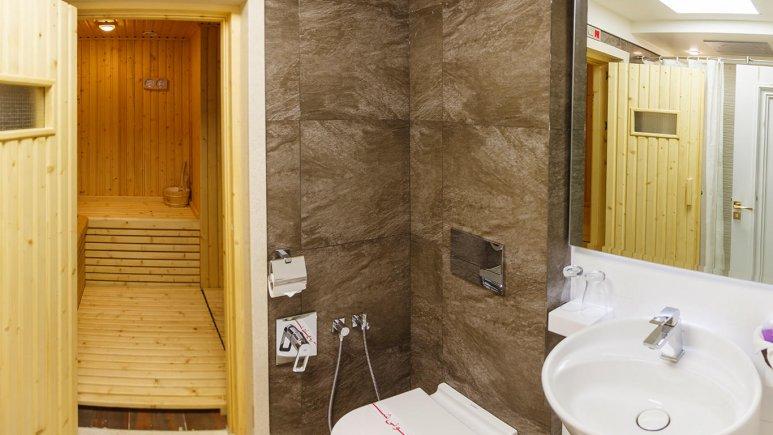 هتل اترک مشهد سرویس بهداشتی 2