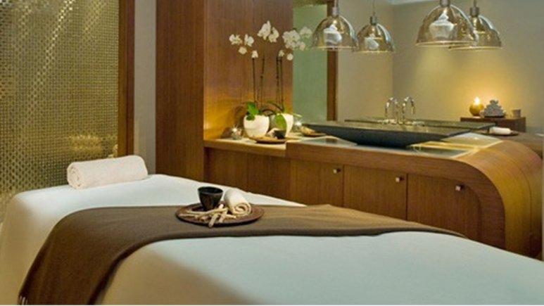 سالن ماساژ هتل اترک