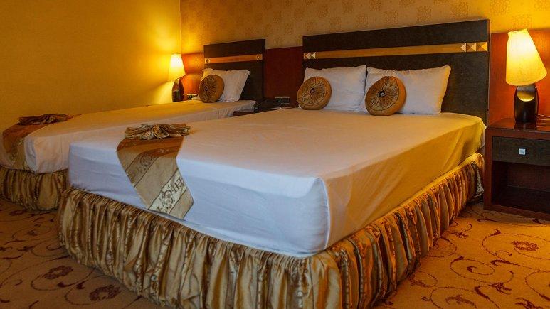 هتل عماد مشهد اتاق سه تخته 2