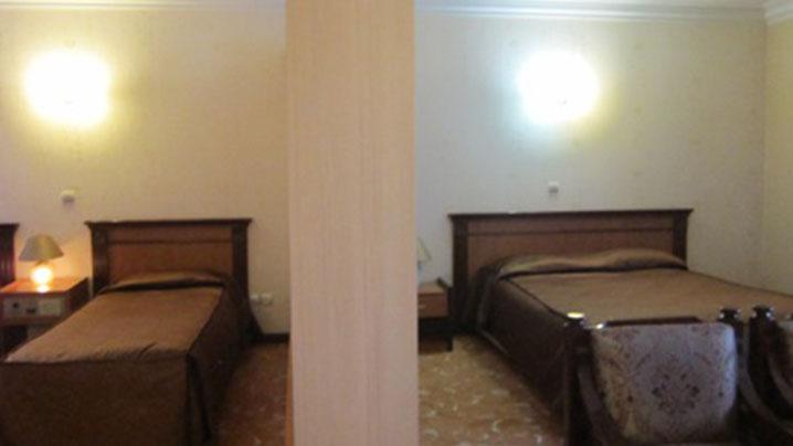 اتاق سه تخته هتل جم