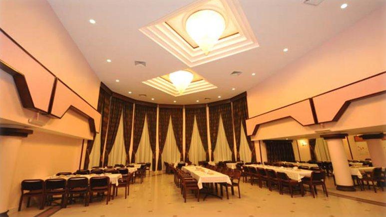رستوران هتل میثاق