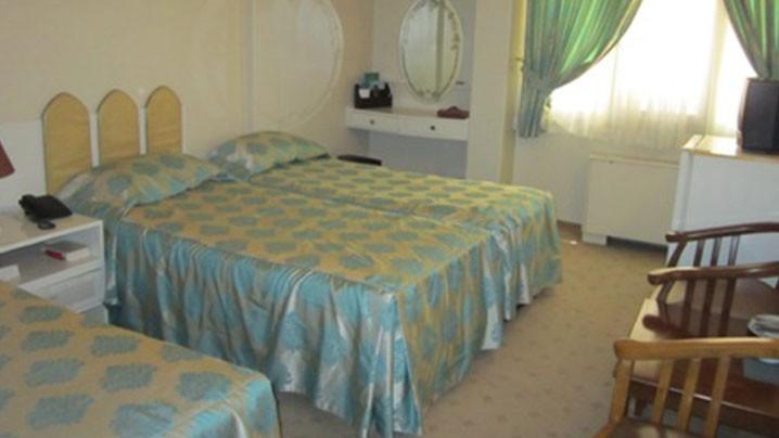 اتاق سه تخته هتل تهران