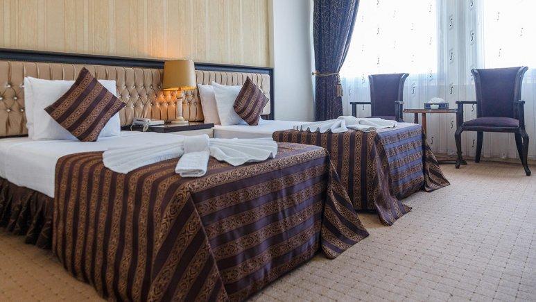 هتل بین المللی تبریز اتاق دو تخته تویین 1