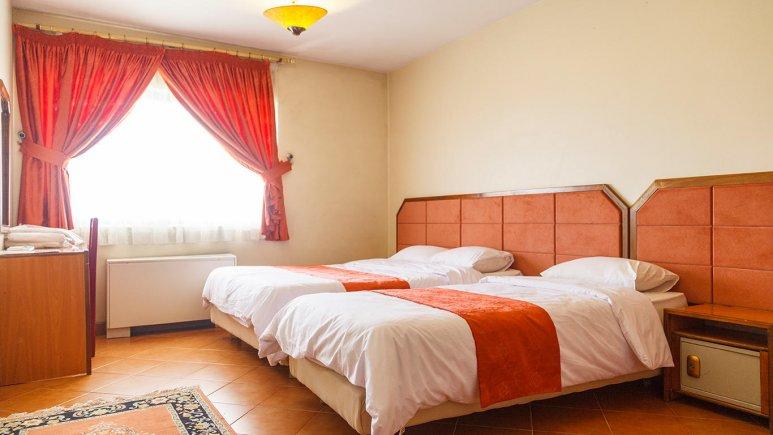 هتل خانه سبز مشهد اتاق سه تخته 4