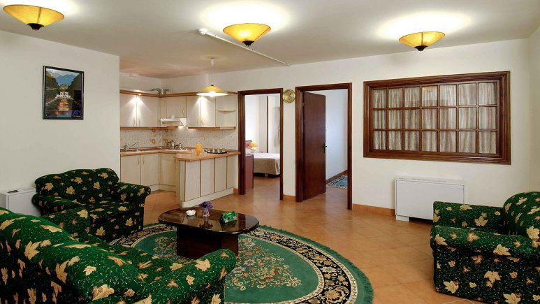 آپارتمان  هتل خانه سبز