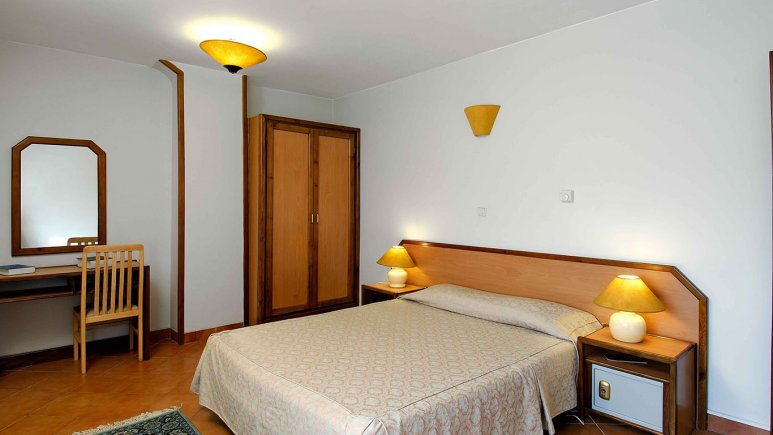 اتاق دو تخته دبل هتل خانه سبز