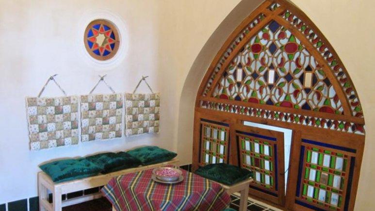 فضای داخلی هتل خانه ایرانی